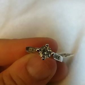 NWT Sterling silver cz ring size 5